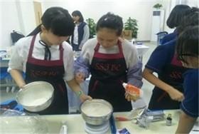 公益类社团活动|陕西师大附中国际部图片