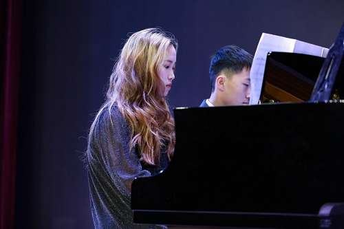 演奏者:Hannah Liu(Grade 8)& Leon Gao(Grade 7)