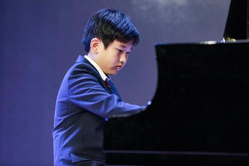 演奏者:Ashley Zhuang(Grade 6)