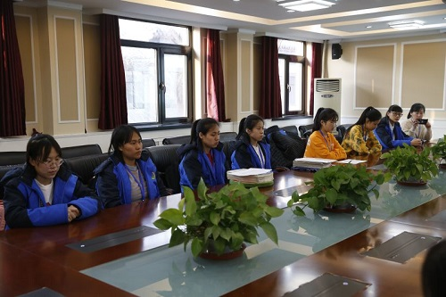 北京二中继续开展阿尔山分校高三学生走进二中留学项目3